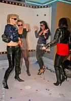 Пьяная оргия в чешском ночном клубе 4 фотография